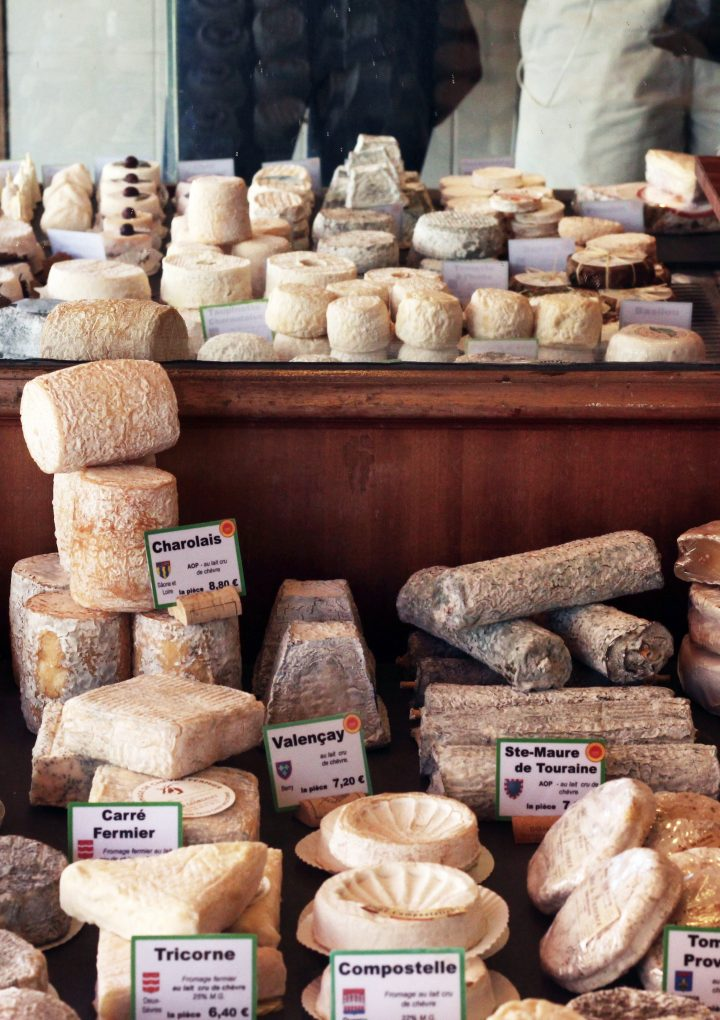 French Cheese Course: Selection and Etiquette Tips
